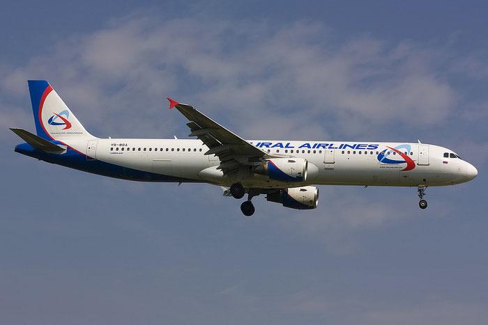VQ-BDA A321-211 1012 Ural Airlines @ Treviso Airport 12.05.2012 © Piti Spotter Club Verona