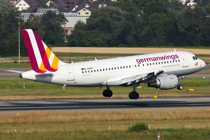 D-AKNF A319-112 646 Germanwings @ Zurich Airport 20.07.013 © Piti Spotter Club Verona