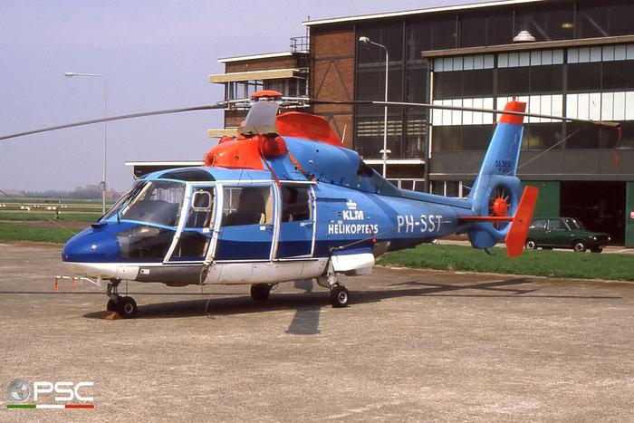 PH-SST Aerospatiale SA365N Dauphin 2 KLM Helicopters © 2017 courtesy of Marco Ceschi - Piti Spotter Club Verona