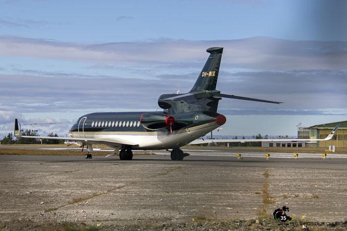 OH-WIX Falcon 7X 231 Jetflite @ Reykjavík Airport 19.08.2016 © Piti Spotter Club Verona