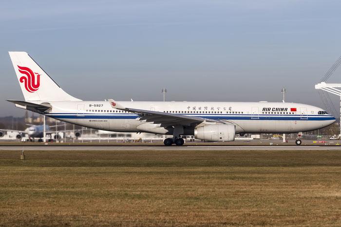 B-5927 A330-243 1444 Air China @ Munich Airport 28.12.2015 © Piti Spotter Club Verona