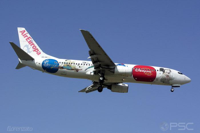 EC-IYI B737-883 30194/666 Air Europa @ Malaga Airport 2006 © Piti Spotter Club Verona