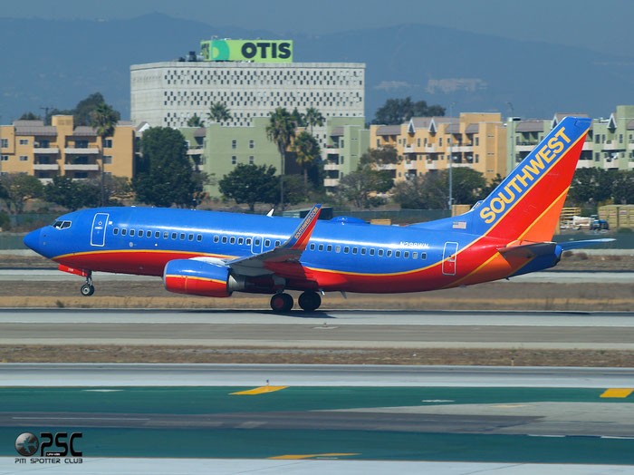 N298WN B737-7H4 32543/2438 Southwest Airlines @ Los Angeles International Airport 18.10.2013 © Piti Spotter Club Verona