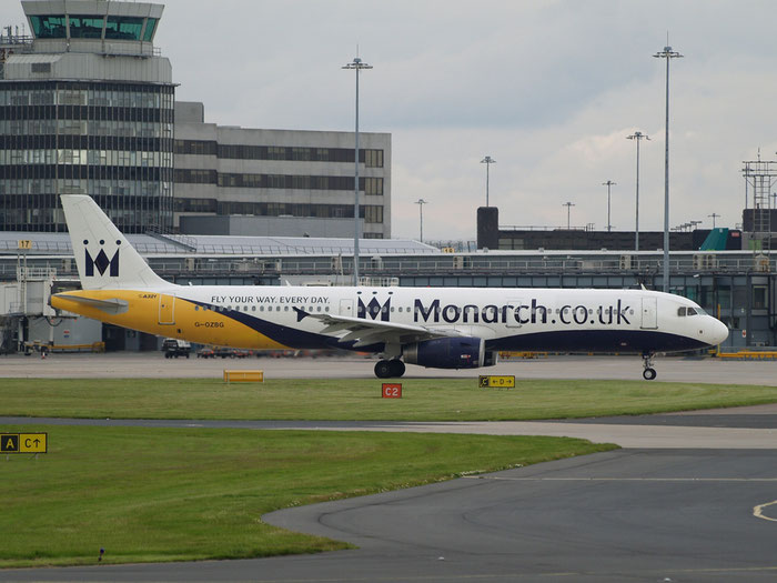 G-OZBG A321-231 1941 Monarch Airlines @ Manchester Airport 20.07.2012 © Piti Spotter Club Verona
