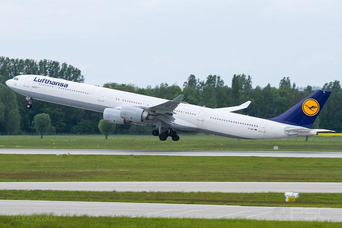 D-AIHL A340-642 583 Lufthansa @ Munich Airport 15.05.2016 © Piti Spotter Club Verona