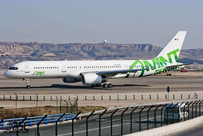 EC-LHL B757-28A 24544/280 Mint Airways @ Madrid Airport 01.2012 © Piti Spotter Club Verona