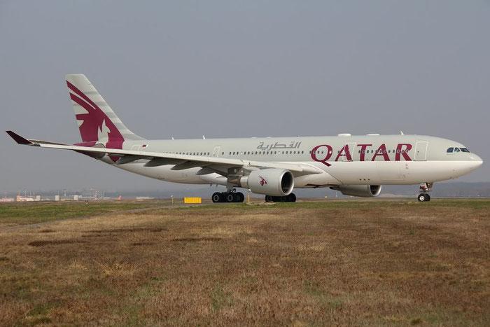 A7-AFP A330-202 684 Qatar Airways @ Milano Malpensa Airport 25.03.2012 © Piti Spotter Club Verona
