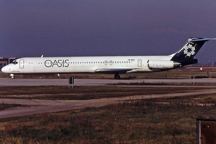 VR-BMJ MD-83 49791/1644 Oasis International Airlines @ Aeroporto di Verona © Piti Spotter Club Verona