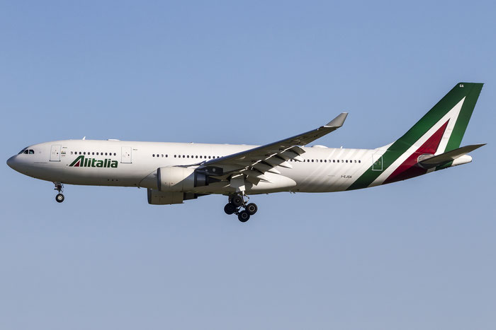 I-EJGA A330-202 825 Alitalia @ Venezia Airport 06.09.2015 © Piti Spotter Club Verona