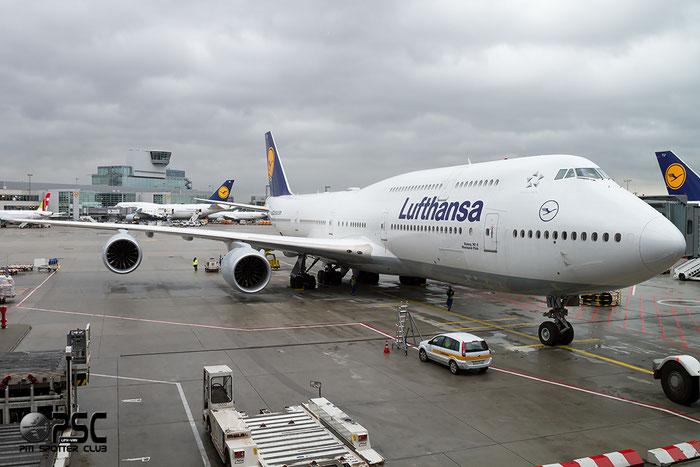 D-ABYK B747-830 37835/1480 Lufthansa @ Frankfurt Airport  22.10.2014 © Piti Spotter Club Verona