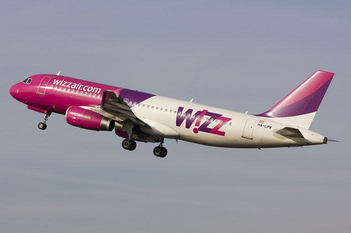 HA-LPW A320-232 3947 Wizz Air @ Treviso Airport 29.01.2012 © Piti Spotter Club Verona