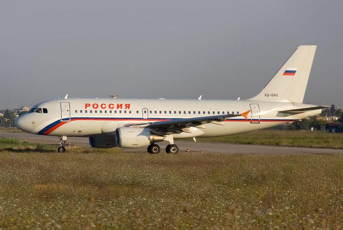 VQ-BAU A319-111 1851 Rossiya - Russian Airlines @ Rimini Airport 20.08.2011 © Piti Spotter Club Verona
