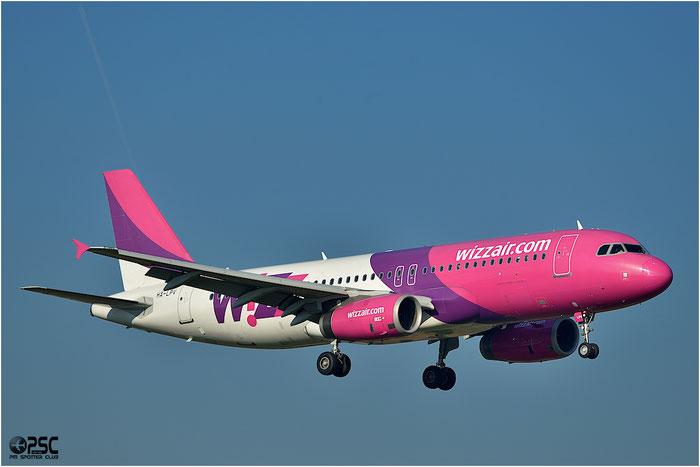 HA-LPV A320-232 3927 Wizz Air@ Bologna Airport 06.12.2013 © Piti Spotter Club Verona