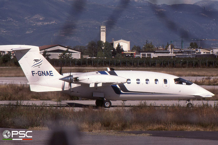F-GNAE P180 1020 Air Entreprise International © 2017 courtesy of Marco Ceschi - Piti Spotter Club Verona