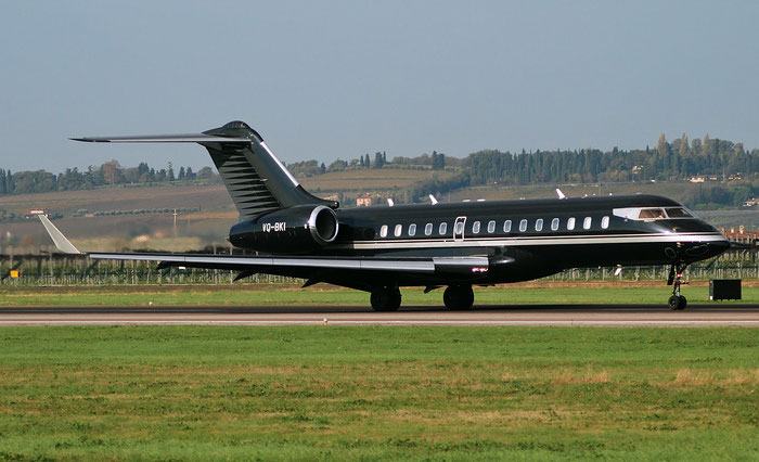 VQ-BKI Global Express XRS 9342 Gama Aviation Ltd. @ Aeroporto di Verona 11.2018  © Piti Spotter Club Verona