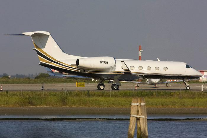 N7GU G450 4118 MPM Financial LLC @ Venezia Airport 16.06.2012 © Piti Spotter Club Verona