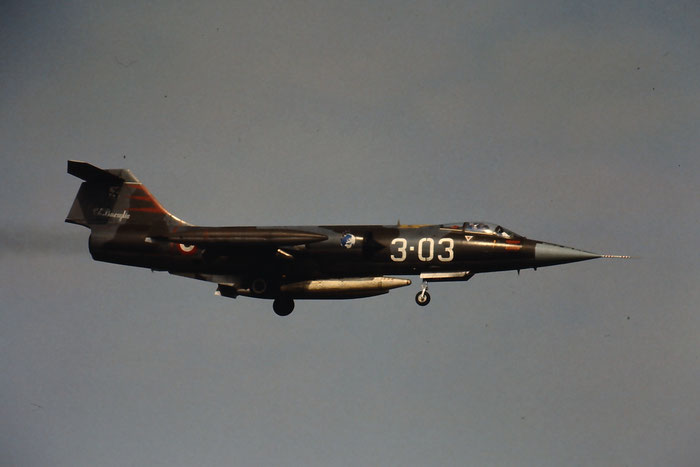 Gli F-104 del Terzo Stormo: 3-03 -  @ Aeroporto di Verona   © Piti Spotter Club Verona
