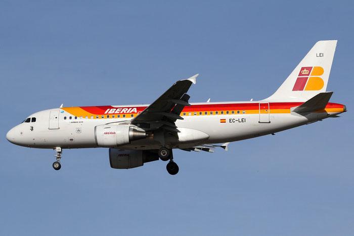EC-LEI A319-111 3744 Iberia Líneas Aéreas de España @ Milano Malpensa Airport 14.04.2015 © Piti Spotter Club Verona