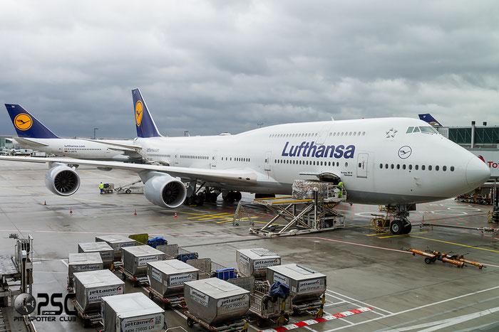 D-ABYJ B747-830 37834/1477 Lufthansa @ Frankfurt Airport  22.10.2014 © Piti Spotter Club Verona