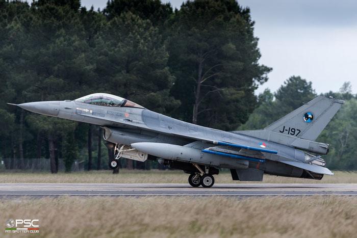 J-197   F-16AM  6D-104  312sq © Piti Spotter Club Verona