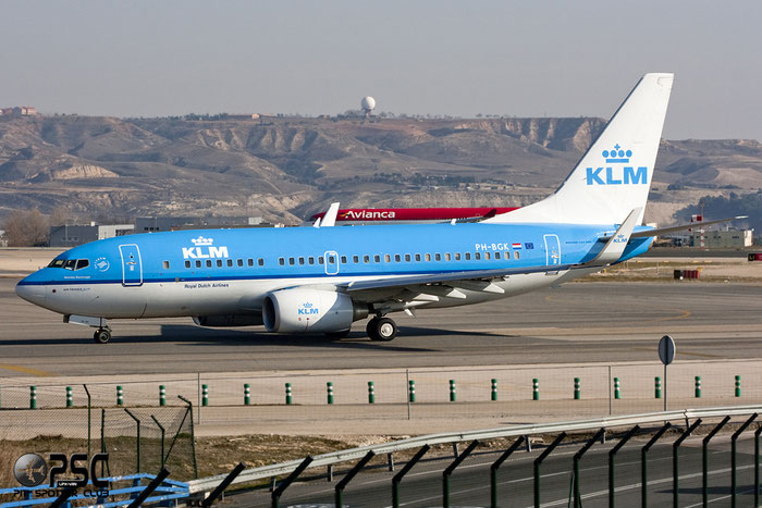 PH-BGK B737-7K2 38054/3292 KLM Royal Dutch Airlines  @ Madrid Airport - 01.2012  © Piti Spotter Club Verona