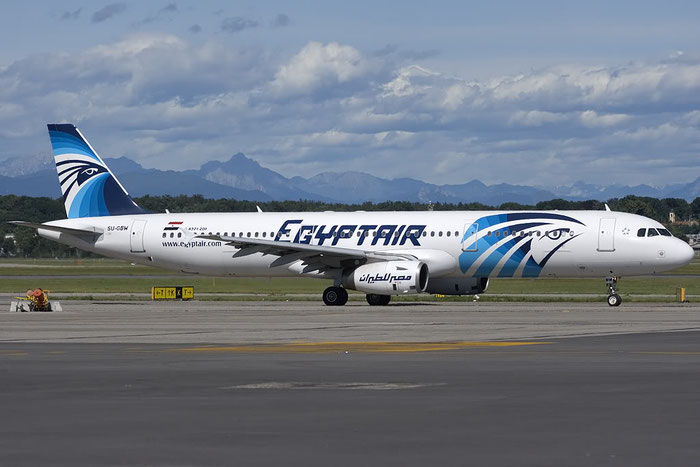 SU-GBW A321-231 725 EgyptAir @ Milano Malpensa Airport 07.2009 © Piti Spotter Club Verona