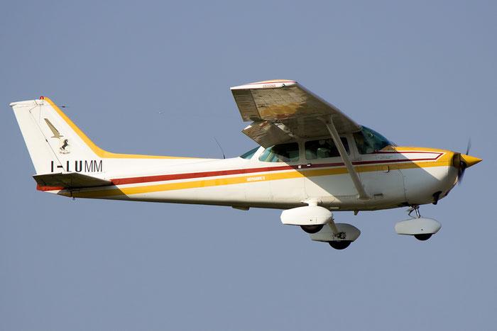 I-LUMM - Private Cessna 172 Skyhawk @ Bologna Airport 07.09.2014 © Piti Spotter Club Verona