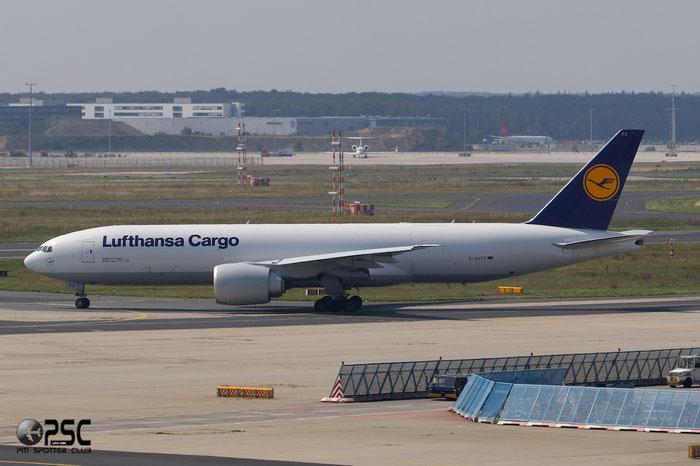 D-ALFC B777-F30 41676/1178 Lufthansa Cargo @ Frankfurt Airport 25.07.2014  © Piti Spotter Club Verona
