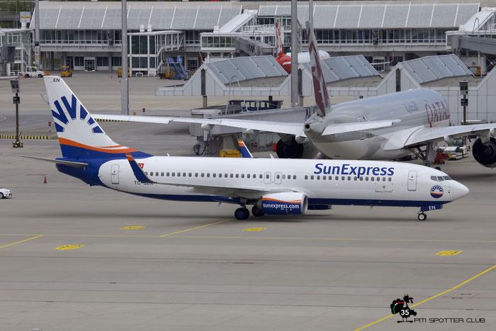 TC-SEN B737-8HC 61174/5486 SunExpress @ Munich Airport 15.05.2016 © Piti Spotter Club Verona