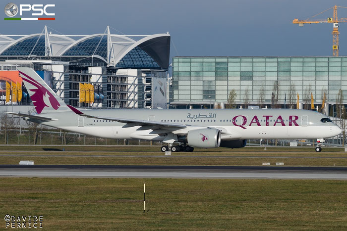 A7-ALA A350-941 6 Qatar Airways @ Munich Airport 13.12.2015  © Piti Spotter Club Verona