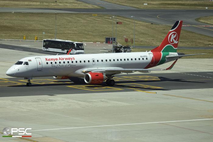 5Y-FFG ERJ190AR 19000599 Kenya Airways @ Cape Town International Airport 24.11.2017 © Piti Spotter Club Verona