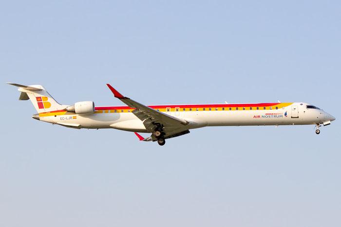 EC-LJR CRJ1000 19002 Air Nostrum @ Bologna Airport 07.09.2014 © Piti Spotter Club Verona