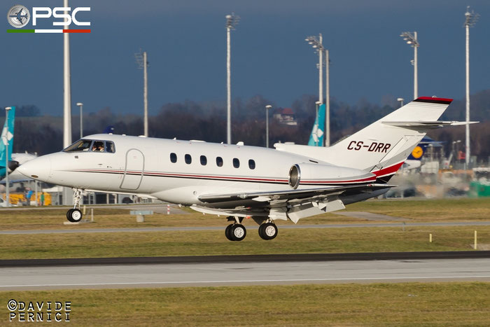 CS-DRR BAe125-800XPi 258786 NetJets Europe @ Munich Airport 13.12.2015 © Piti Spotter Club Verona