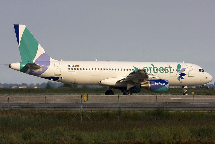 EC-LLX A320-214 4735 Orbest Orizonia Airlines @ Venezia Airport 11.06.2012 © Piti Spotter Club Verona