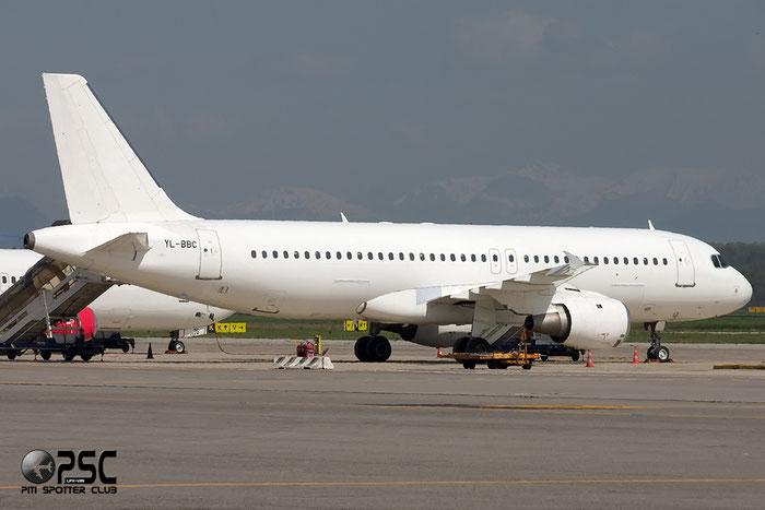 YL-BBC A320-211 142 SmartLynx @ Milano Malpensa Airport 06.04.2014 © Piti Spotter Club Verona