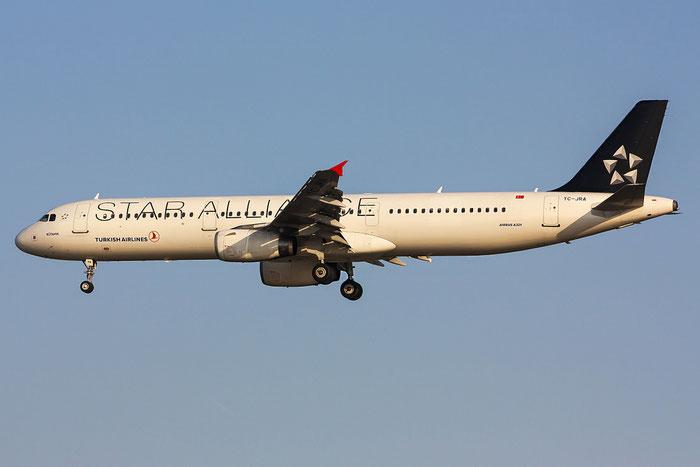 TC-JRA A321-231 2823 Turkish Airlines - THY Türk Hava Yollari @ Venezia Airport 14.04.2013 © Piti Spotter Club Verona