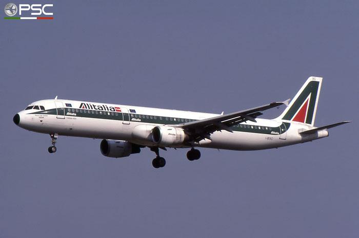 I-BIXC  A321-112  526  Alitalia  @ Aeroporto di Verona © Piti Spotter Club Verona