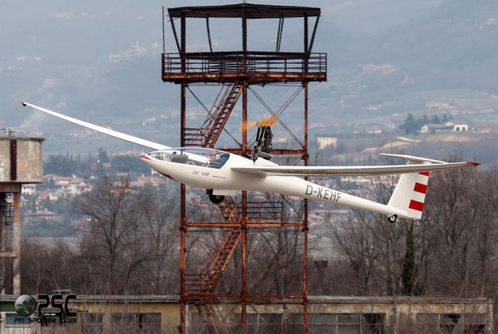 D-KEHF - DG 400/17, @ Aeroporto Verona Boscomantico © Piti Spotter Club Verona
