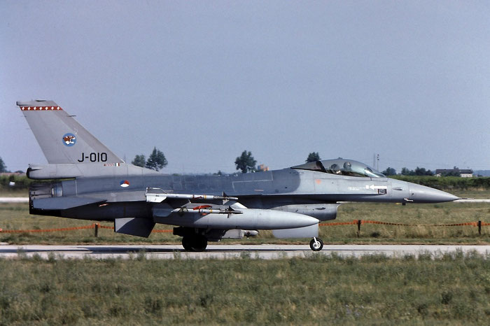 J-010  AZ  F-16AM  6D-166  148th FS @ Aeroporto di Verona   © Piti Spotter Club Verona