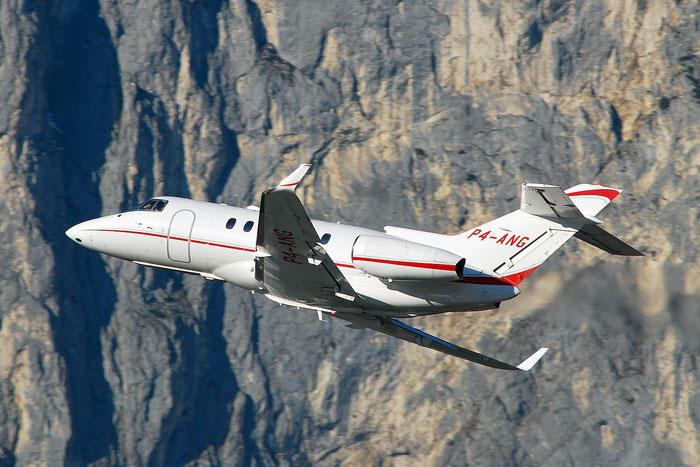 P4-ANG BAe125-900XP HA-0025 Altair A.V.V. @ Innsbruck Airport 01.2012 © Piti Spotter Club Verona