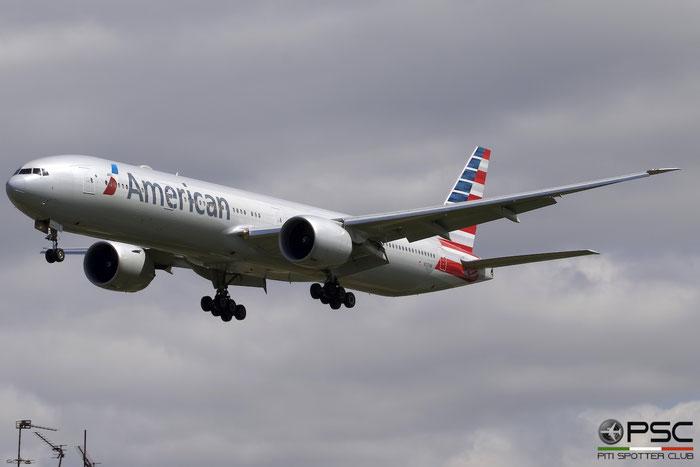 N727AN B777-323ER 33541/1176 American Airlines @ London Heathrow Airport 13.03.2015 © Piti Spotter Club Verona