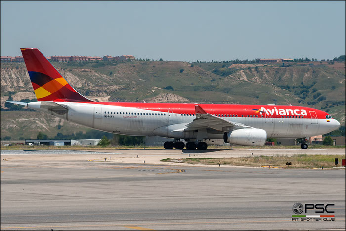 N974AV A330-243 1208 AVIANCA - Aerovías Nacionales de Colombia @ Madrid Airport 2011 © Piti Spotter Club Verona