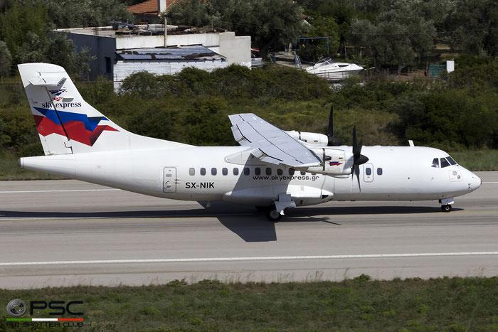 SX-NIK ATR42-320 291 Sky Express @ Skiathos Airport 07.2017 © Piti Spotter Club Verona