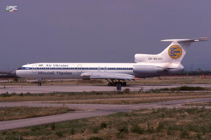 UR-85707 - Tupolev Tu-154M - Air Ukraine @ Aeroporto di Verona © Piti Spotter Club Verona