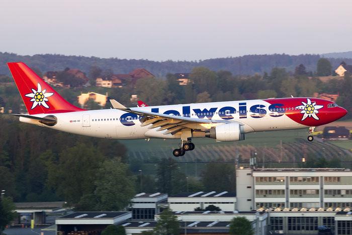 HB-IQI A330-223 291 Edelweiss Air @ Zurich Airport 05.2016 © Piti Spotter Club Verona