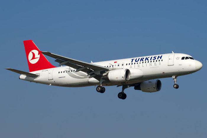 TC-JPV A320-214 3931 Turkish Airlines - THY Türk Hava Yollari @ Bologna Airport 15.11.2011 © Piti Spotter Club Verona