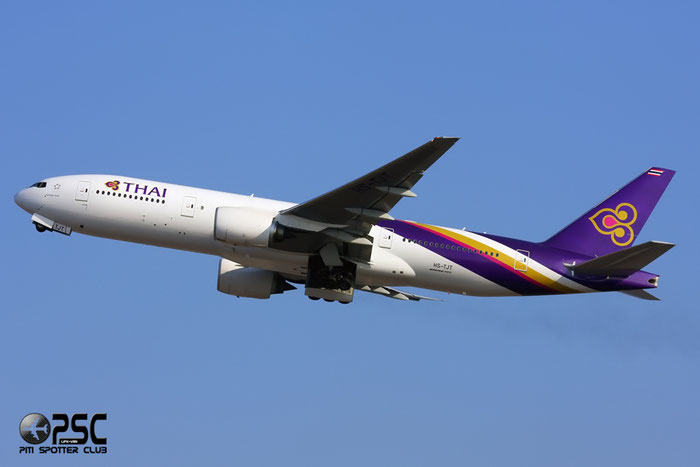 HS-TJT B777-2D7ER 34588/596 Thai Airways International @ Milano Malpensa Airport 12.2007 © Piti Spotter Club Verona