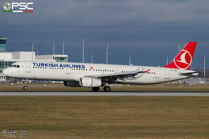 TC-JSB A321-231 5205 Turkish Airlines - THY Türk Hava Yollari @ Munich Airport 13.12.2015 © Piti Spotter Club Verona