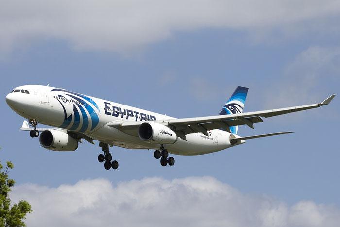 SU-GDS A330-343E 1143 EgyptAir @ London Heathrow Airport 05.2015 © Piti Spotter Club Verona