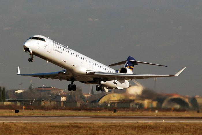 D-ACNF CRJ900LR 15243 Lufthansa CityLine - @ Aeroporto di Verona - 17/12/2016 © Piti Spotter Club Verona
